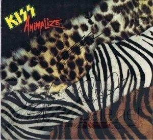Kiss-Animialize-autographs