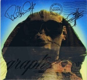 Kiss Autograph Hot In The Shade Lp - Paul Stanley, Gene Simmons and Eric Carr