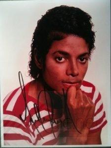 michael-jackson-autograph-photo-6