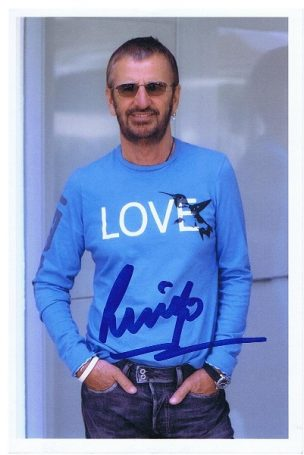 Ringo Starr The Beatles Autograph photo