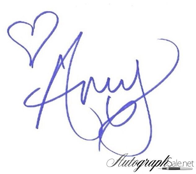 Amy Winehouse autograph 2