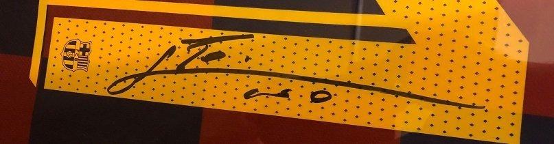 messi barcelona autograph 4