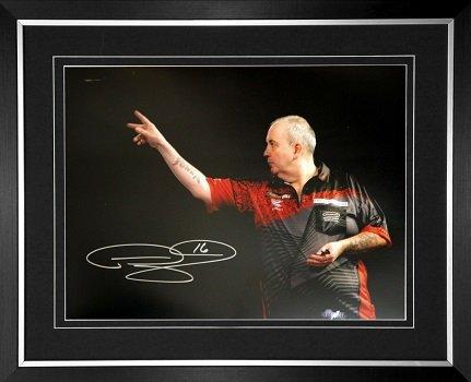 Phil Taylor autograph darts photo 1