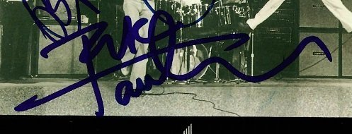 The Who autographs CD