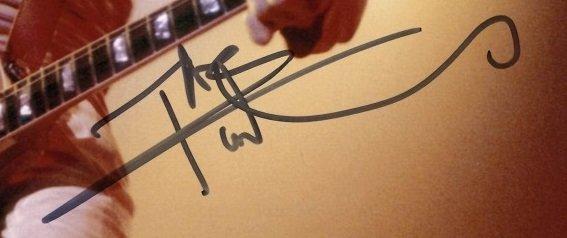 pete townshend autograph 12x8