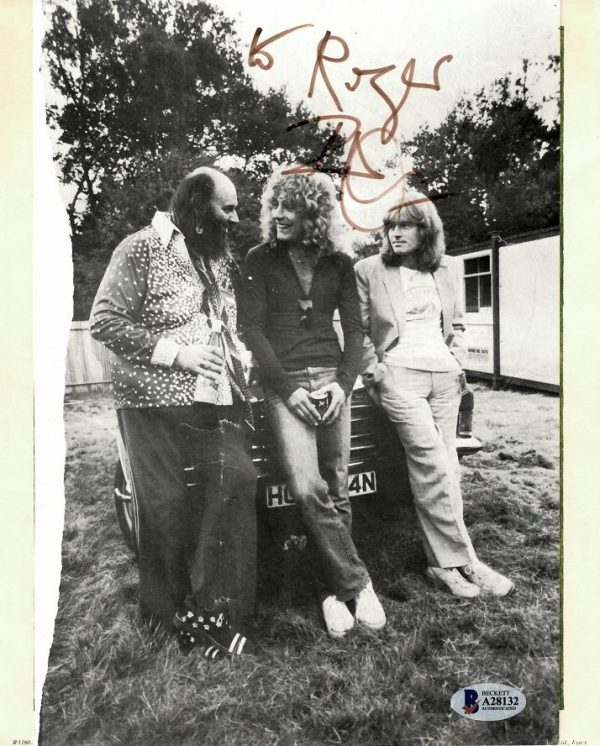 Robert Plant hand signed Led Zeppelin photograph Autographs