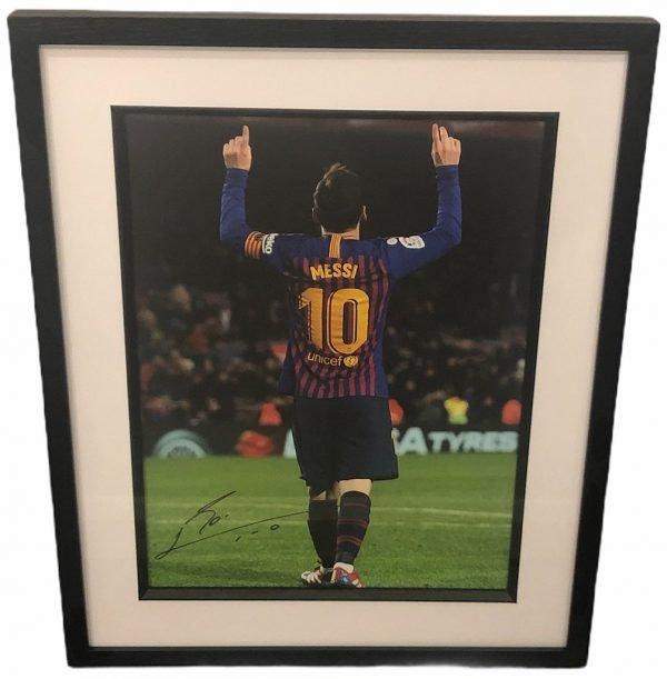 Messi autograph signed Barcelona FC Photograph 16×12″ autografo
