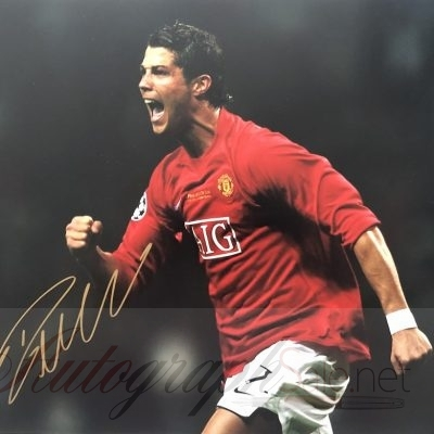 Cristiano Ronaldo gold autograph Man Utd photo 12×16″