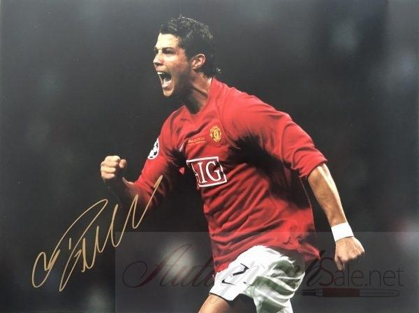 Cristiano Ronaldo gold autograph Man Utd photo 12×16″