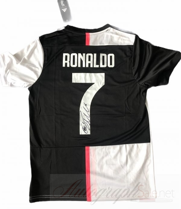 Cristiano Ronaldo signature Juventus #7 Football Shirt signed