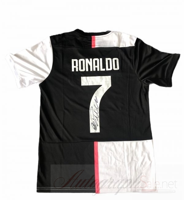 Cristiano Ronaldo signed Juventus #7 Football Shirt