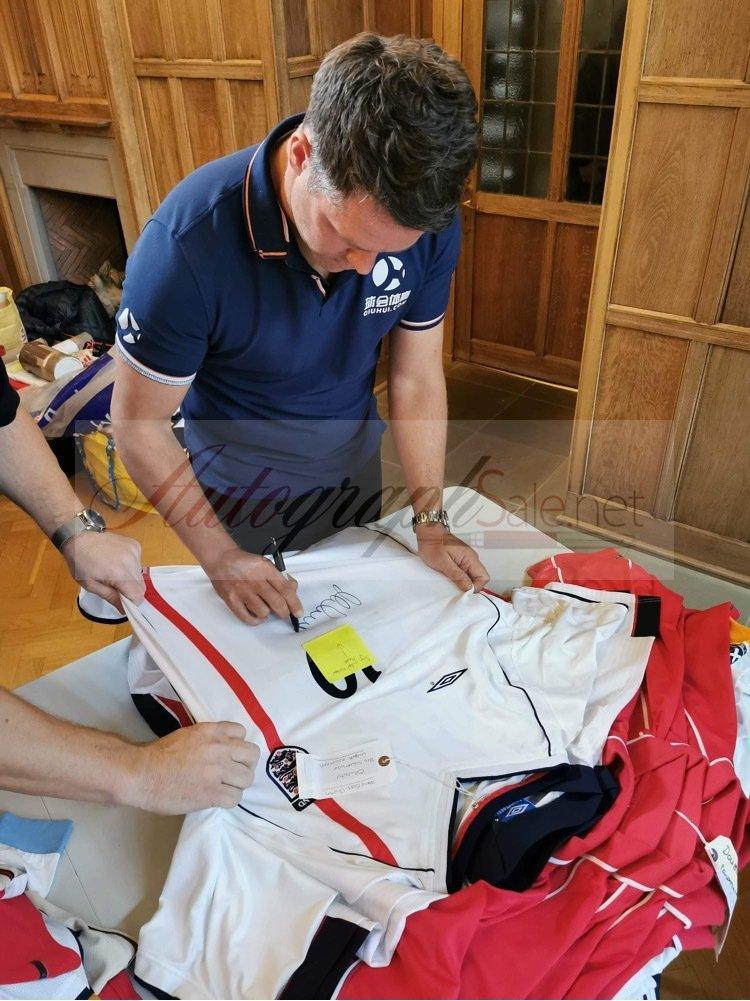Michael Owen signing autographs england