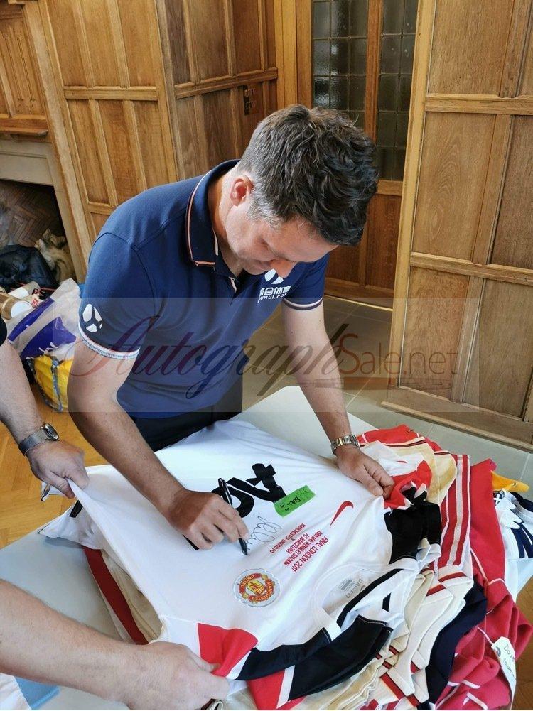 Michael Owen autographs manchester united