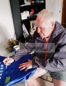 genuine paul gascoigne autograph with proof