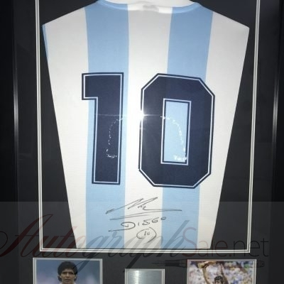Diego Maradona signed Argentina football shirt #10