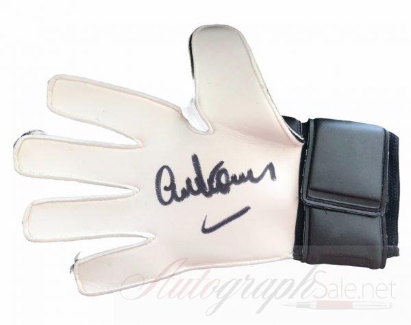 Alex Stepney Autographed Goalkeeper signed glove Manchester United